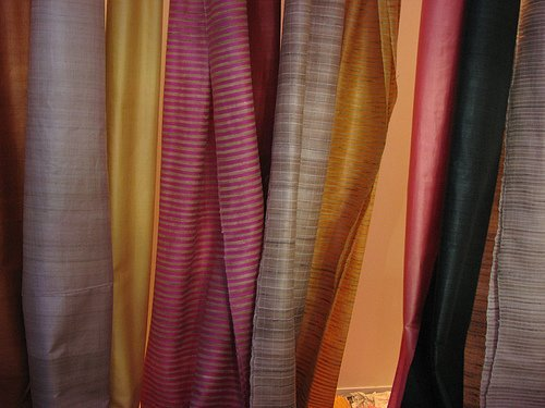 Khadi : Succession from huts to high streets!