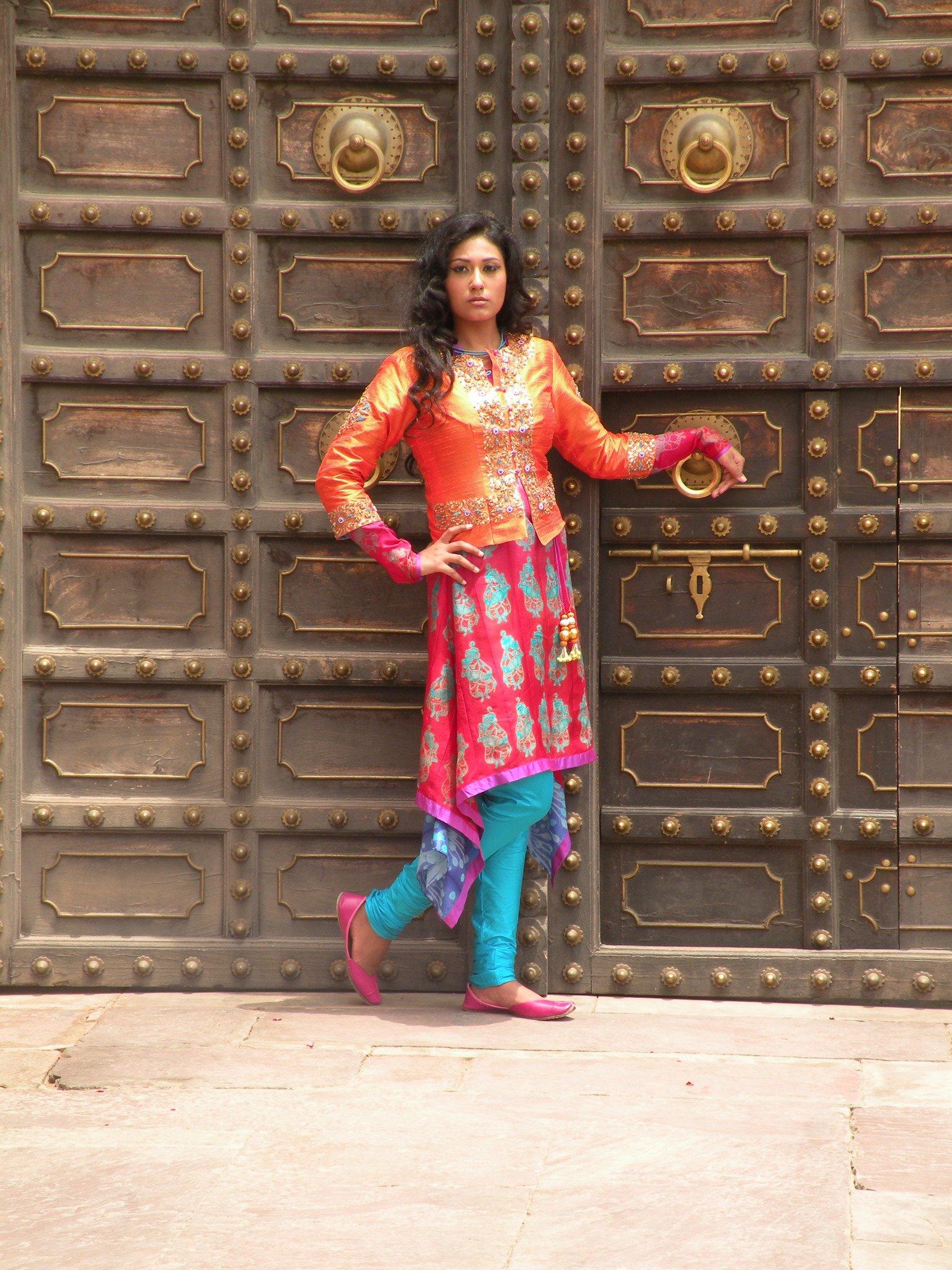Swati Vijaivargie Jain's latest collection 'Rang'
