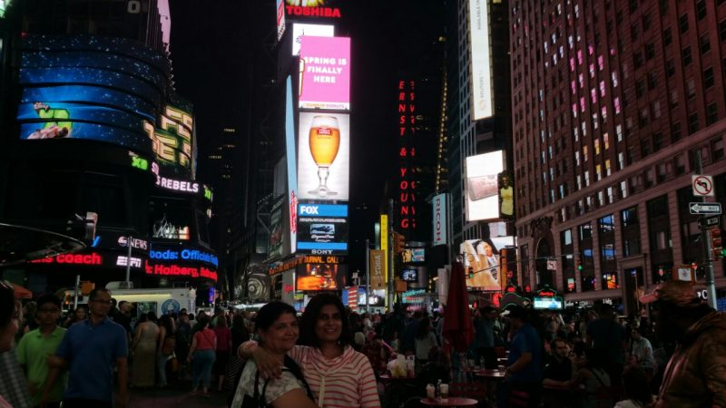 travel blog | time square mid night | Best things to do in new york city