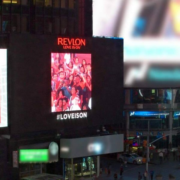 travel blog | revlon selfie board | Best things to do in new york city