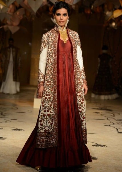 jacket with a solid colored kurta