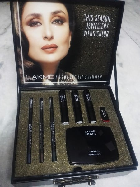 lakme absolute illuminate shine range review