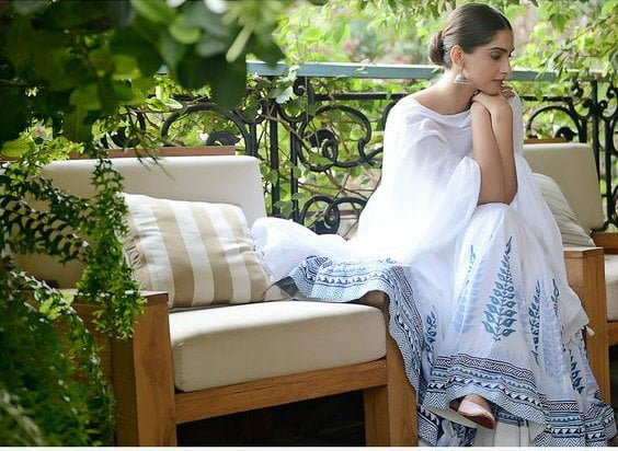 what to wear in monsoons