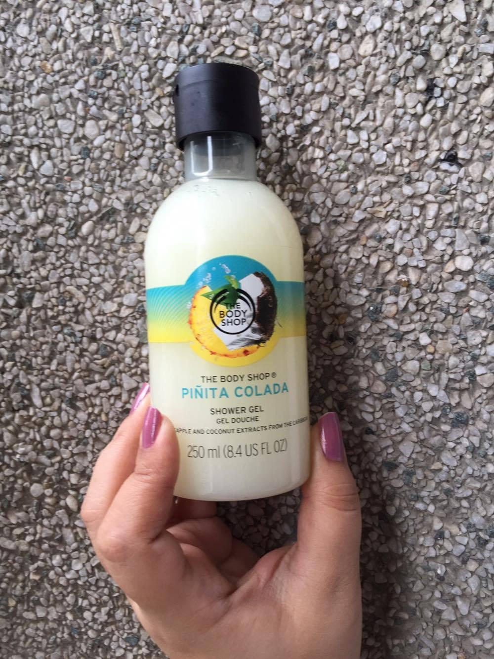 The Body Shop Pinita Colada Shower Gel review