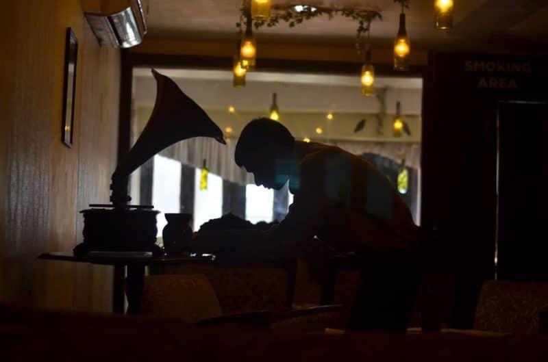 Quesa Lounge noida review