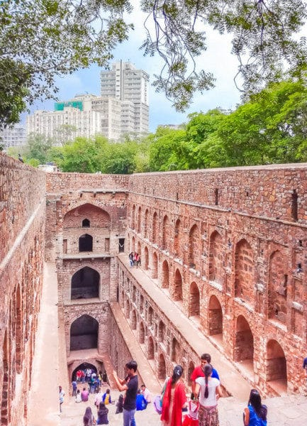 10 Must see monuments in Delhi