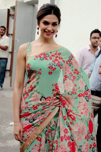 5 Ways To Dress Up Like Deepika Padukone And Look Hot