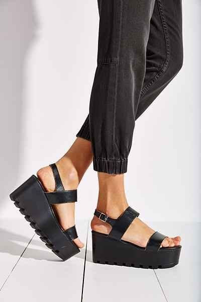 For all those who are skeptical of heels, flatforms can be your best friends. Source - urbanoutfitters